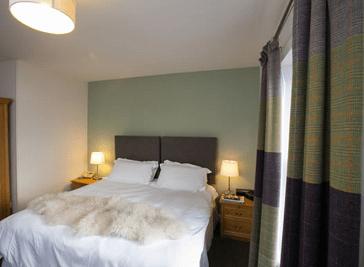 Scalloway Hotel - Scalloway Shetland